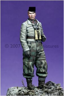 ALPINE MINIATURES  35046 SCALE 1:35 WSS Panzer NCO #2