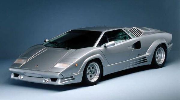 Lamborghini Countach 25th Anniversary Italeri 3684
