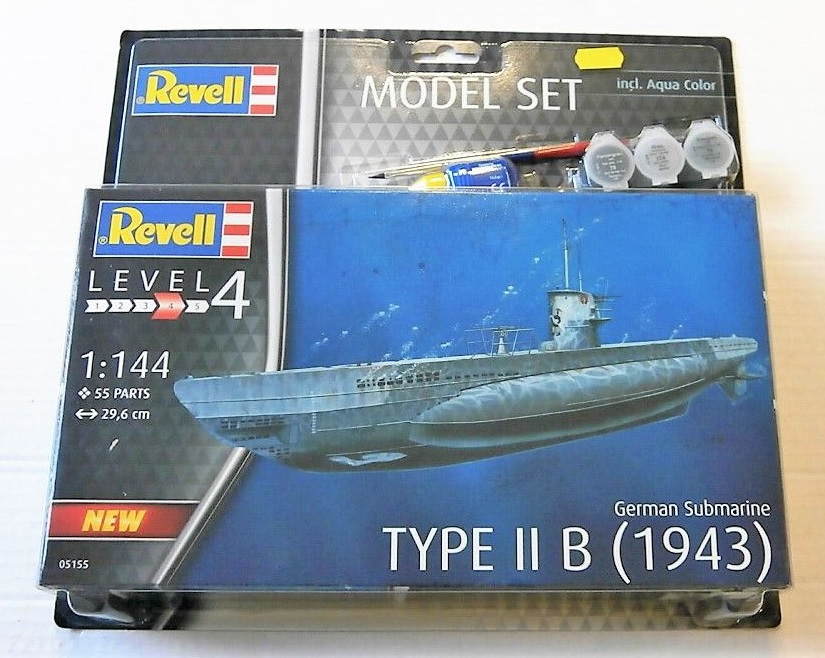 German Submarine Type II B (1943) Model Set - Image 1