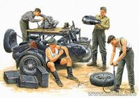 German motorcycle repair team